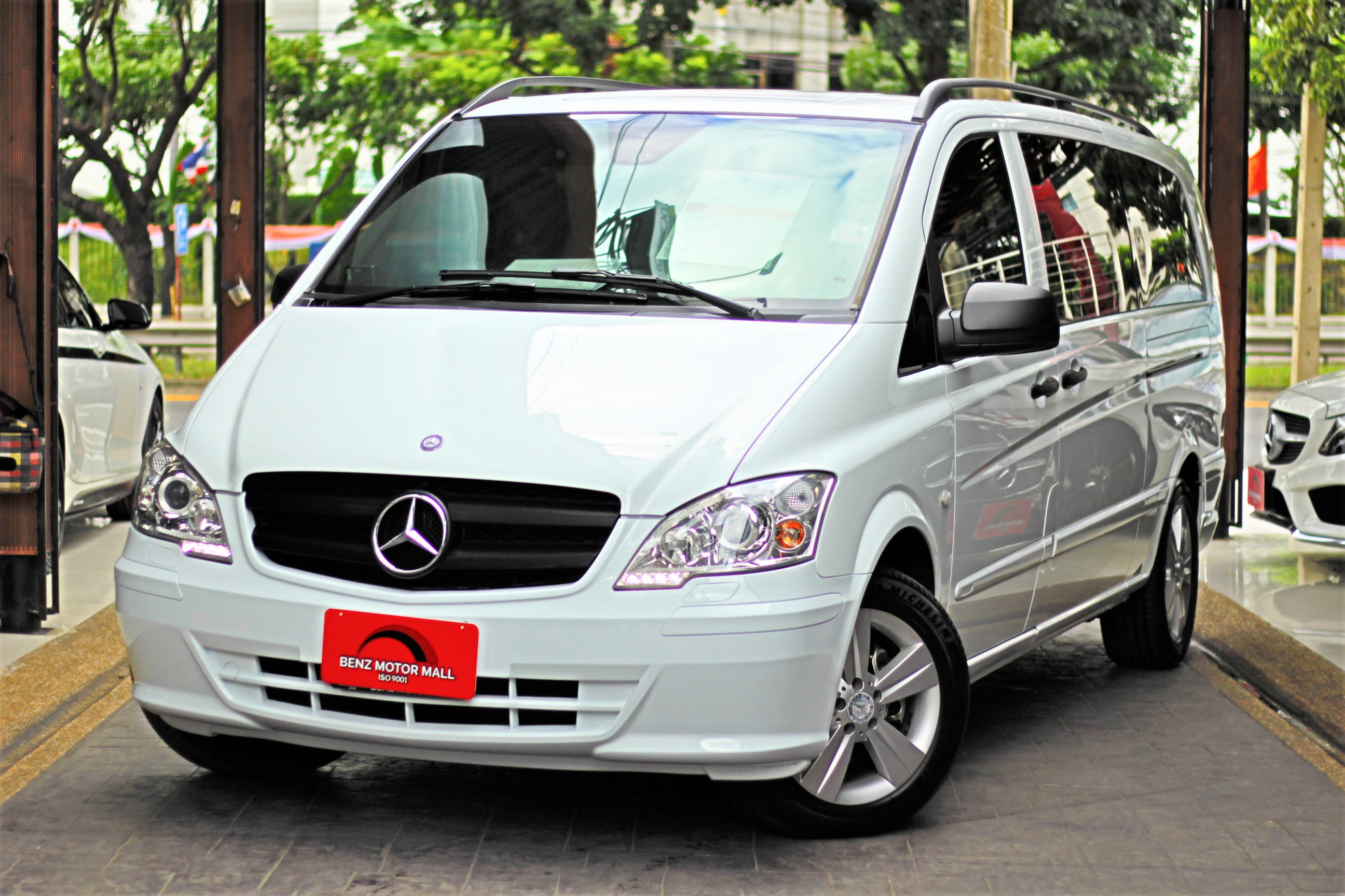 Read more about the article BENZ Vito115CDI ปี 13 รหัส #9149