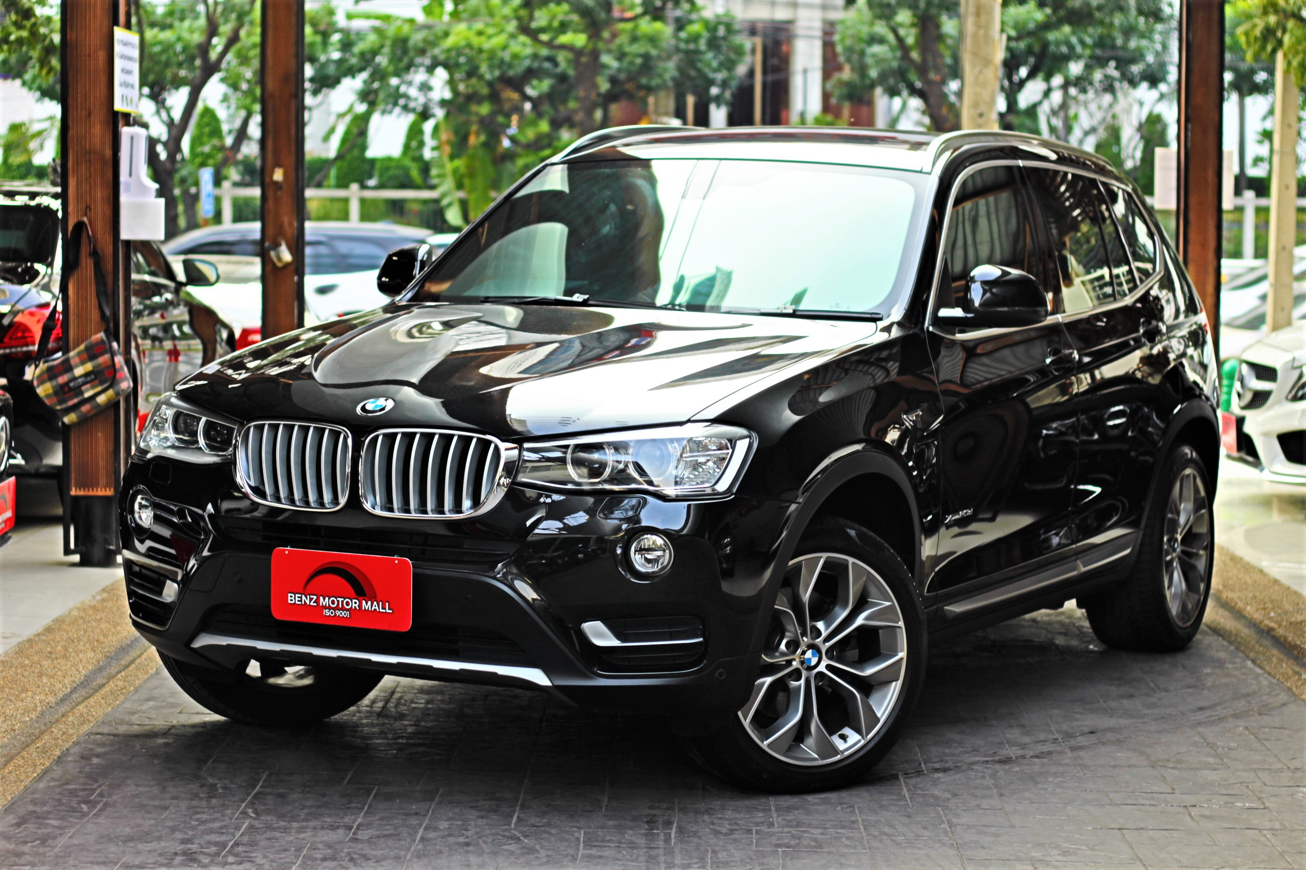 Read more about the article BMW X3xDrive20d Cele ปี 17 รหัส #3231