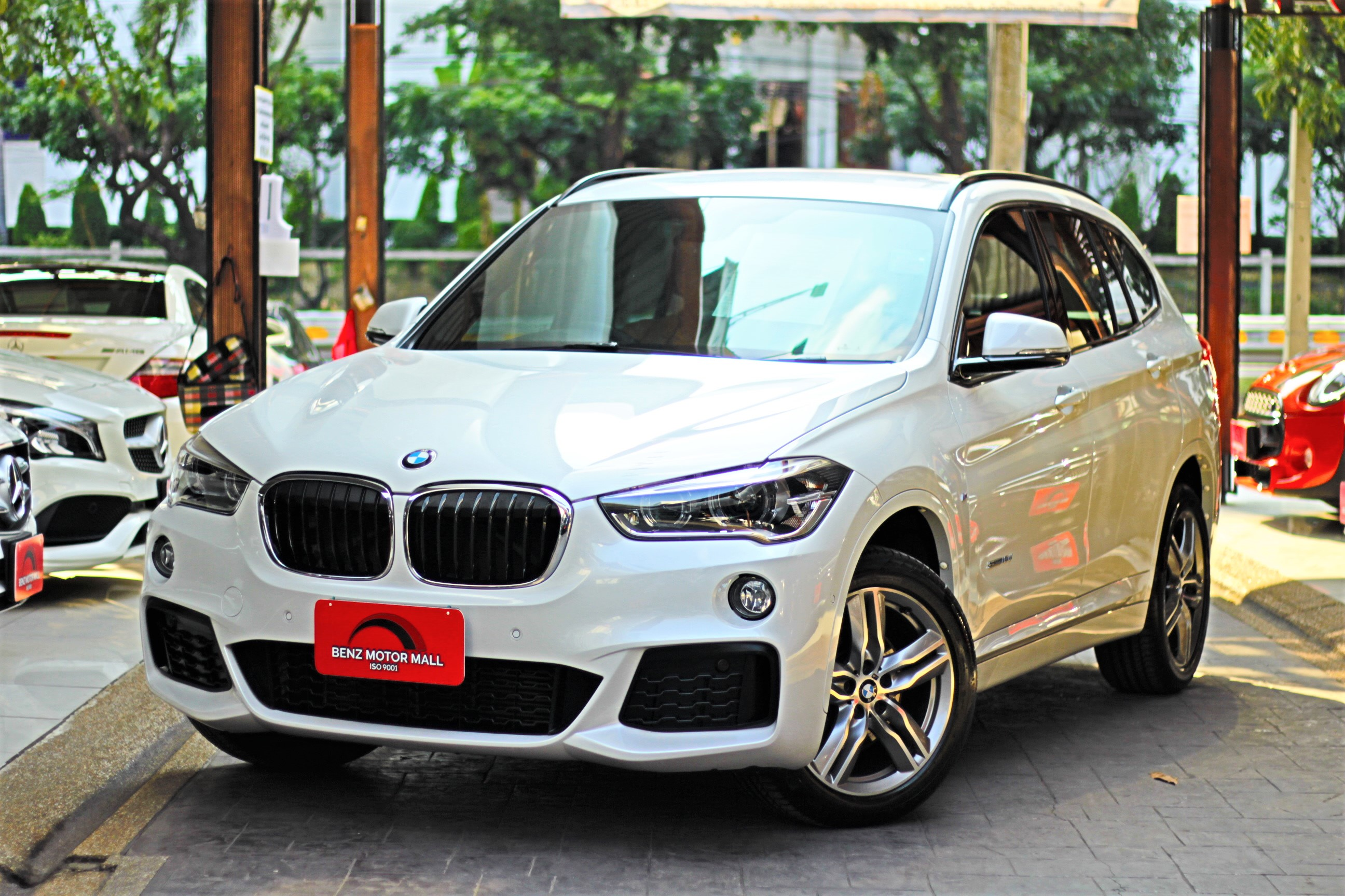 Read more about the article BMW X1sDrive18dM-Sport ปี 16 รหัส #7696