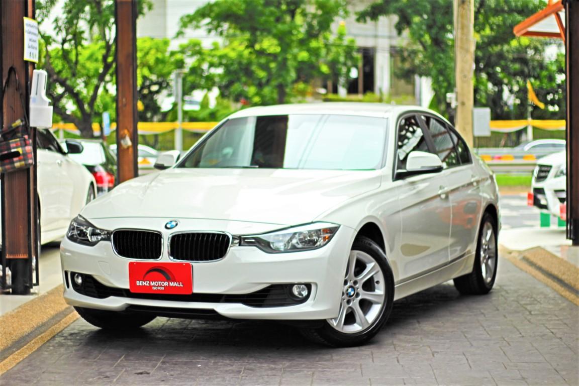 BMW 320i ปี 15 รหัส #1060